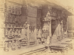 Close view of the east façade of the refectory of the Rajalinga Temple, Bhubaneshwar
